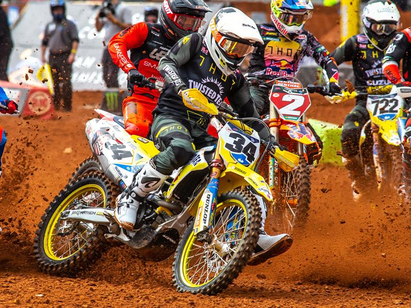 SUZUKI BACK IN ACTION AT ATLANTA SUPERCROSS